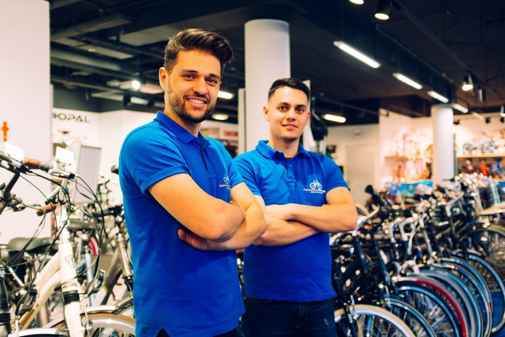 Farhad en Milad Fietsenwinkel Barendrecht
